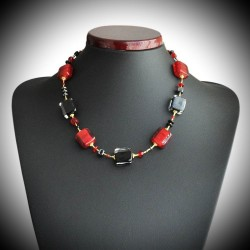 STENDHAL RED AND BLACK NECKLACE WITH GENUINE MURANO GLASS