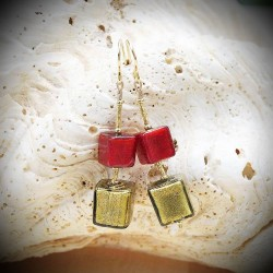 Earrings IN REAL GLASS OF MURANO CUBES of RED AND GOLD